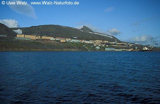 Barentsburg by Gronfjorden