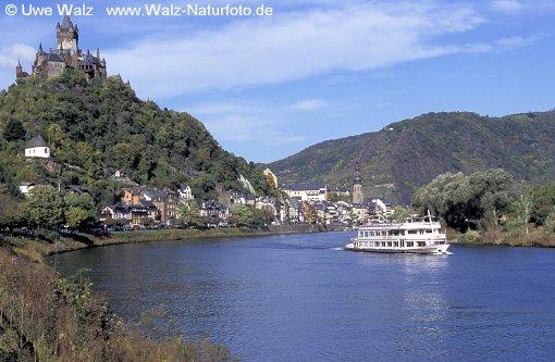 Mosel river, vief of Castle Reichsburg Cochem