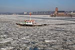Hamburg Harbour, Barge in the floating ice sheets