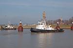 Harbour tug im Harbour Emden